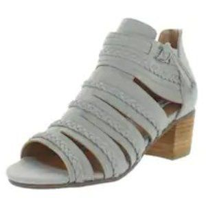 NWB Not Rated Womens Cullie Ankle Heel Sandal